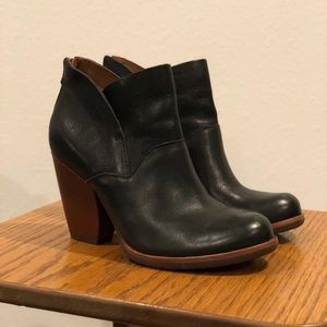 Kork Ease Castaneda Ankle Boot Black Leather 7 EUC